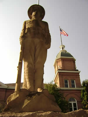 Statue of Soldier in front of Ravalli County Courthouse